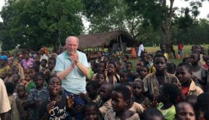 So hilft die Ostalb Schülern in Afrika