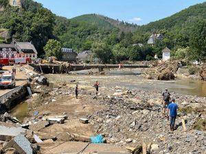 Lions Club Aalen spendet 5.000,- Euro für die Geschädigten der Unwetterkatastrophe